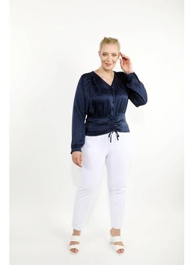 Luokk Pablo Yüksek Bel Önden Fermuarlı Havuç Kesim Kadın Pantolon Beyaz